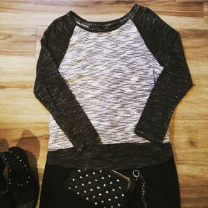 Apt 9 Black and Grey Sweater With Silver Thread